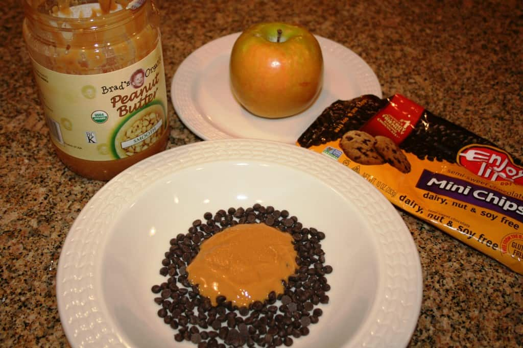 Chocolate Peanut Butter Apple Dippers
