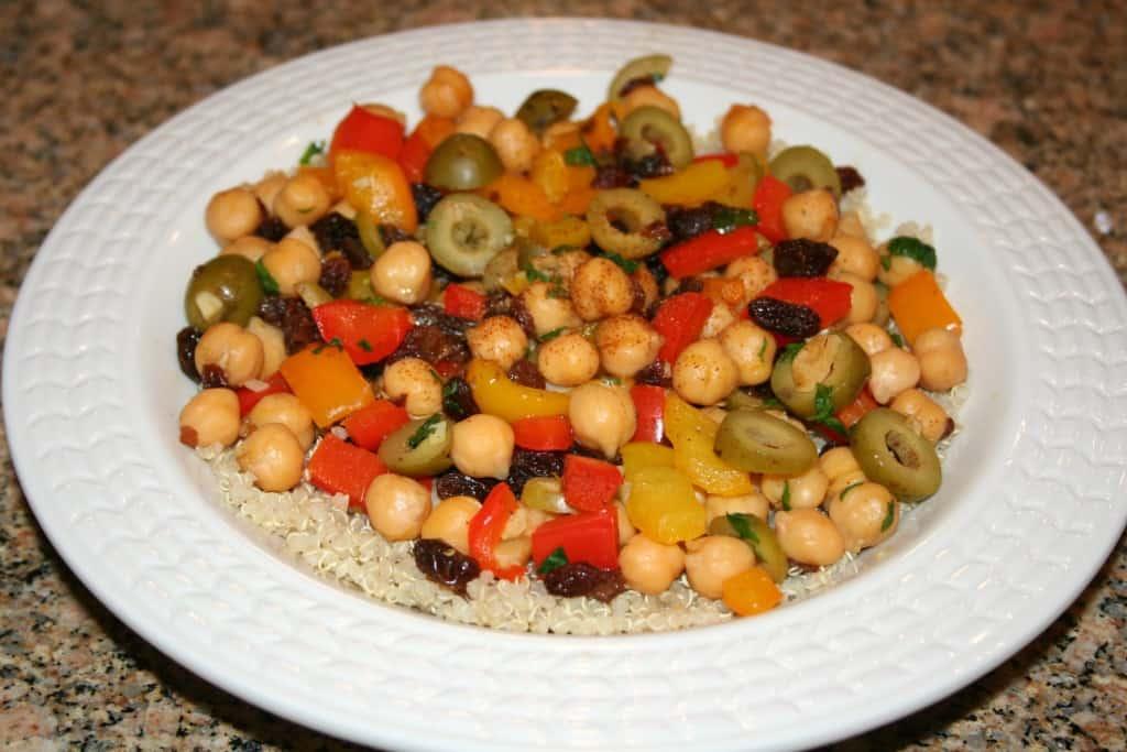 Mediterranean Chickpeas Quinoa